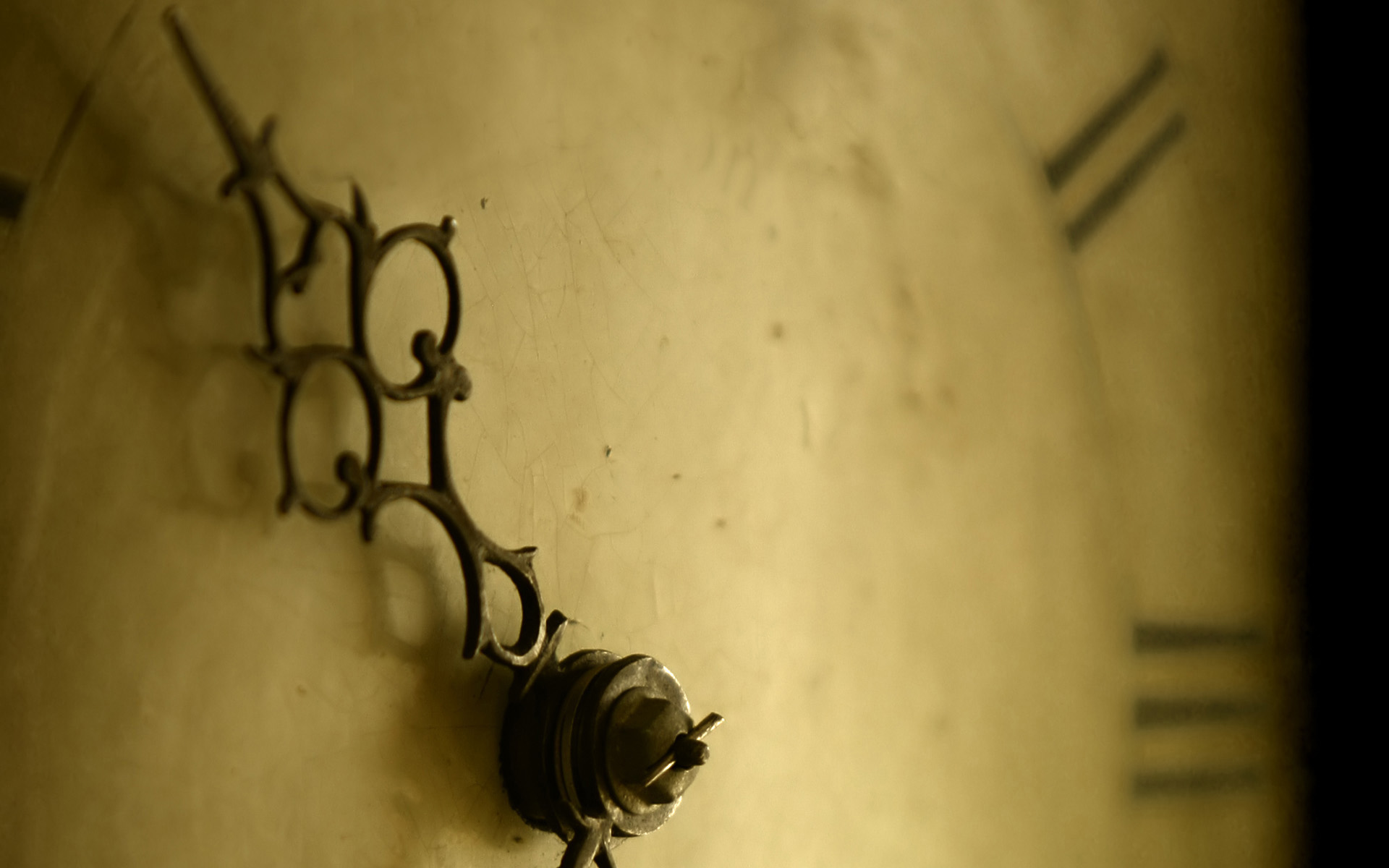 Старинные антикварные часы