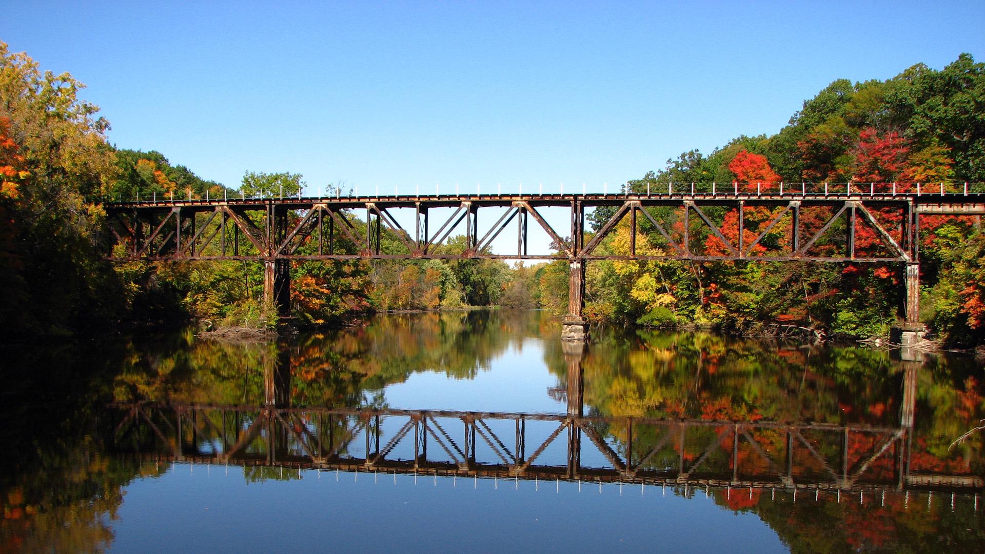 Железная дорога через реку