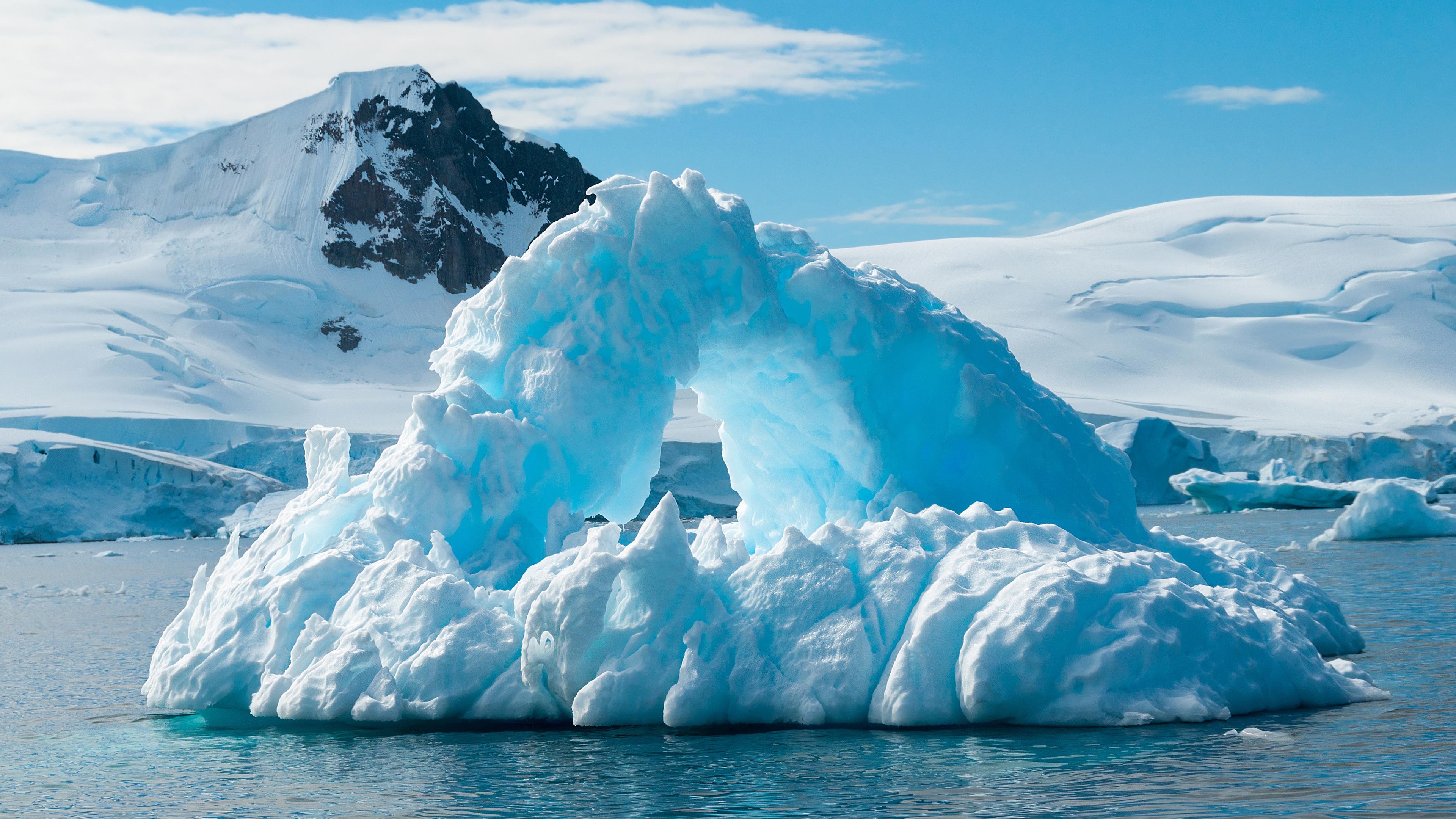 Красивая форма айсберга