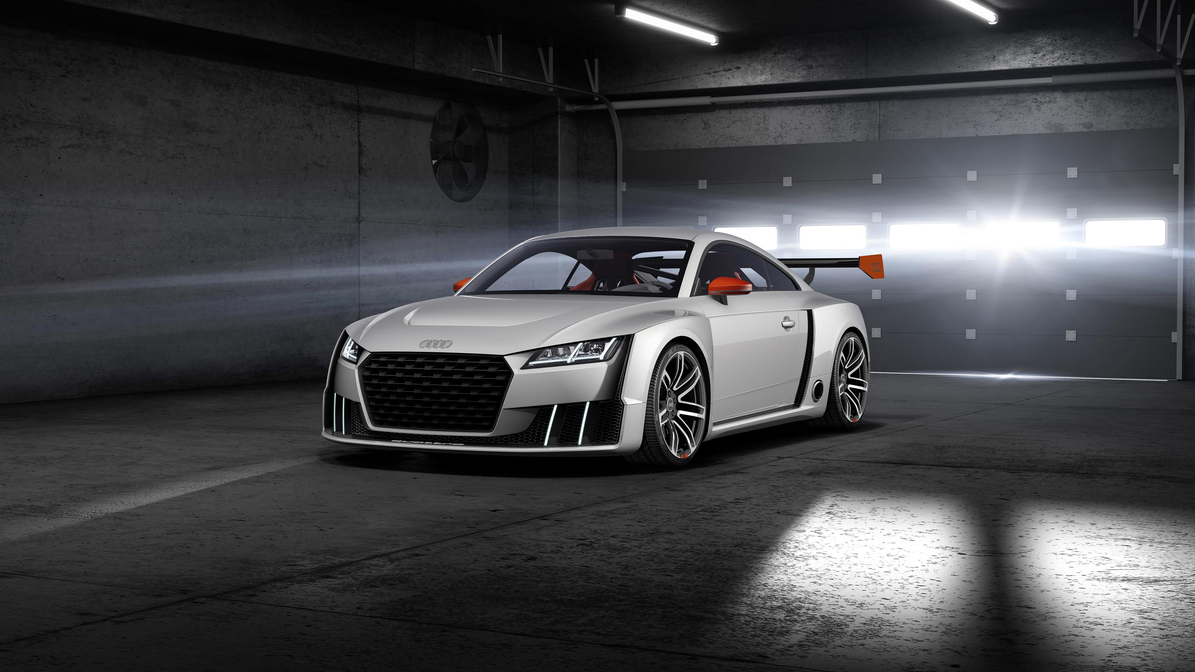 Автомобиль белый