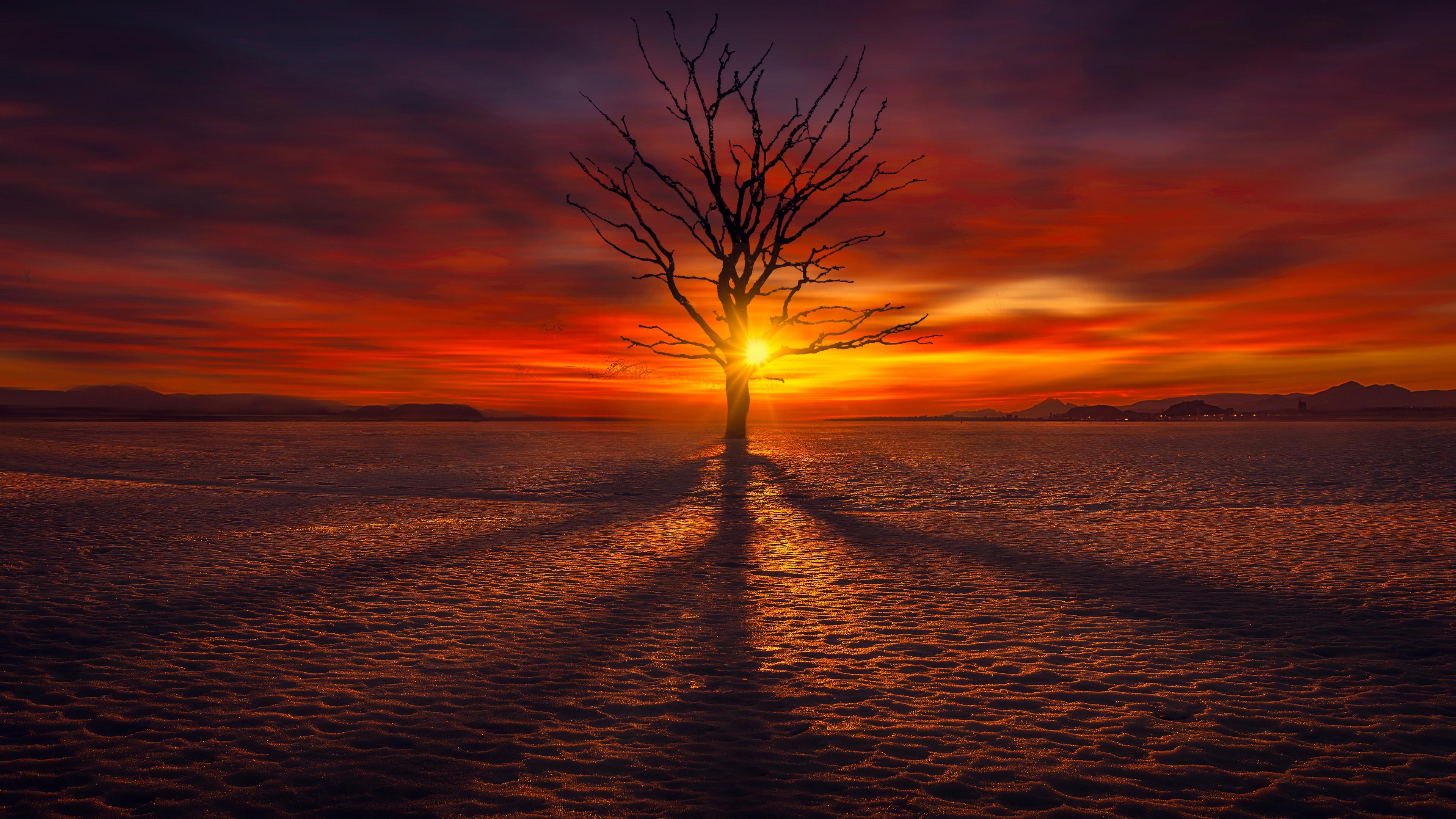 Красный закат солнца