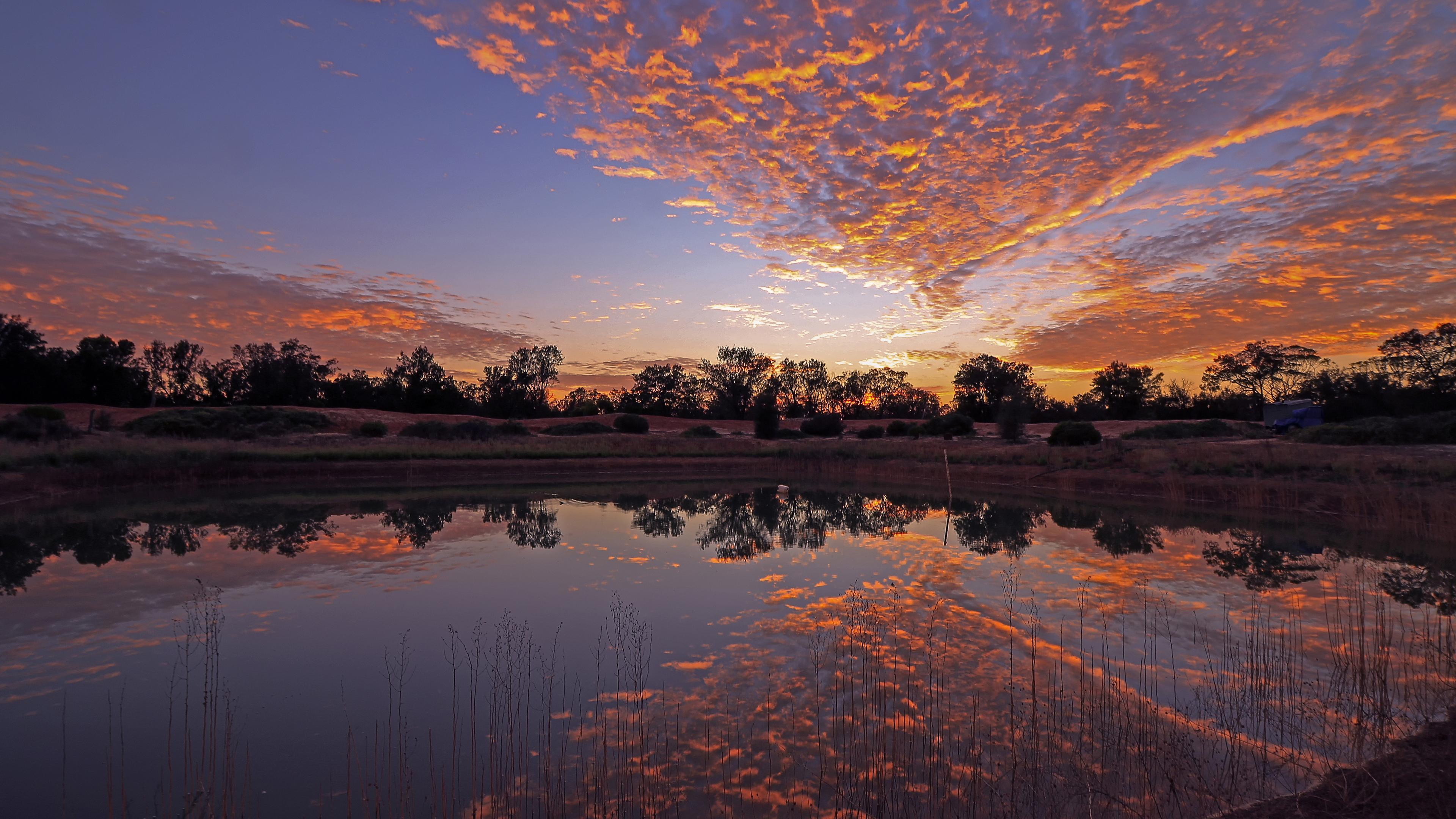 Золотой закат солнца