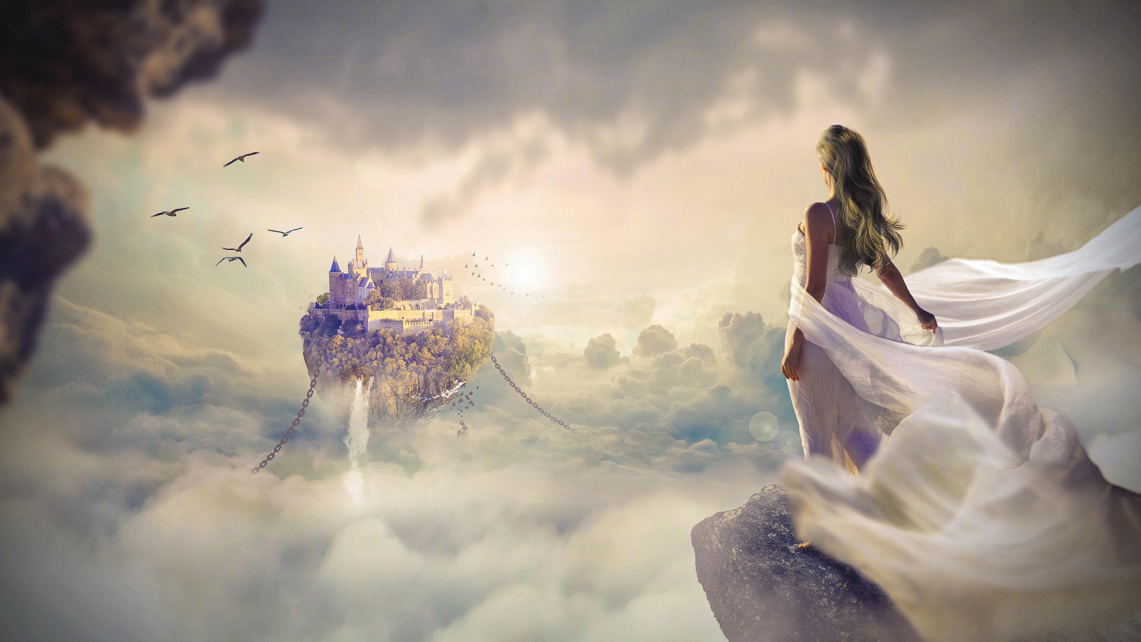 Замок мечты в облаках