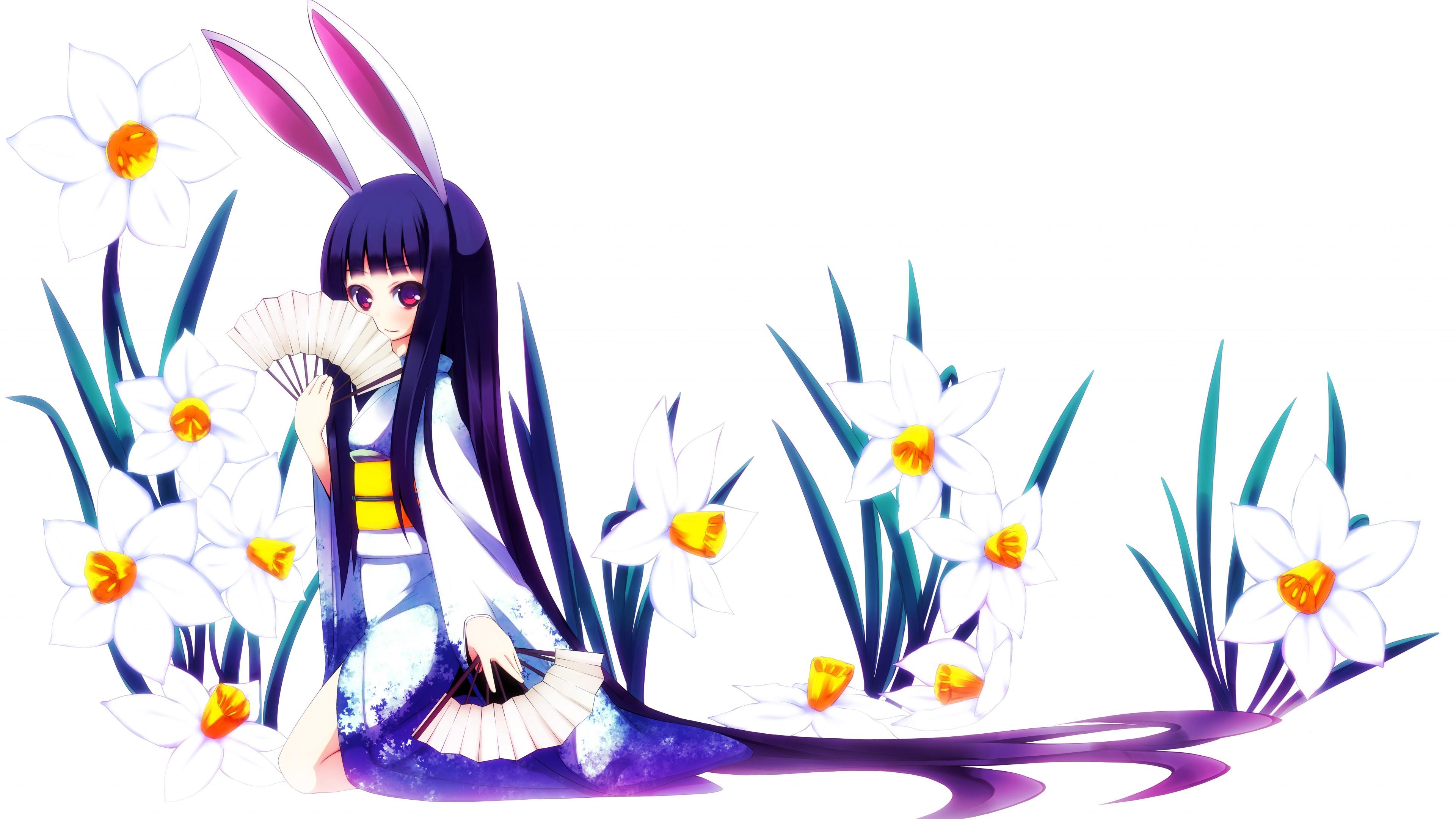 Девушка-русалка с веером и в белых лилиях