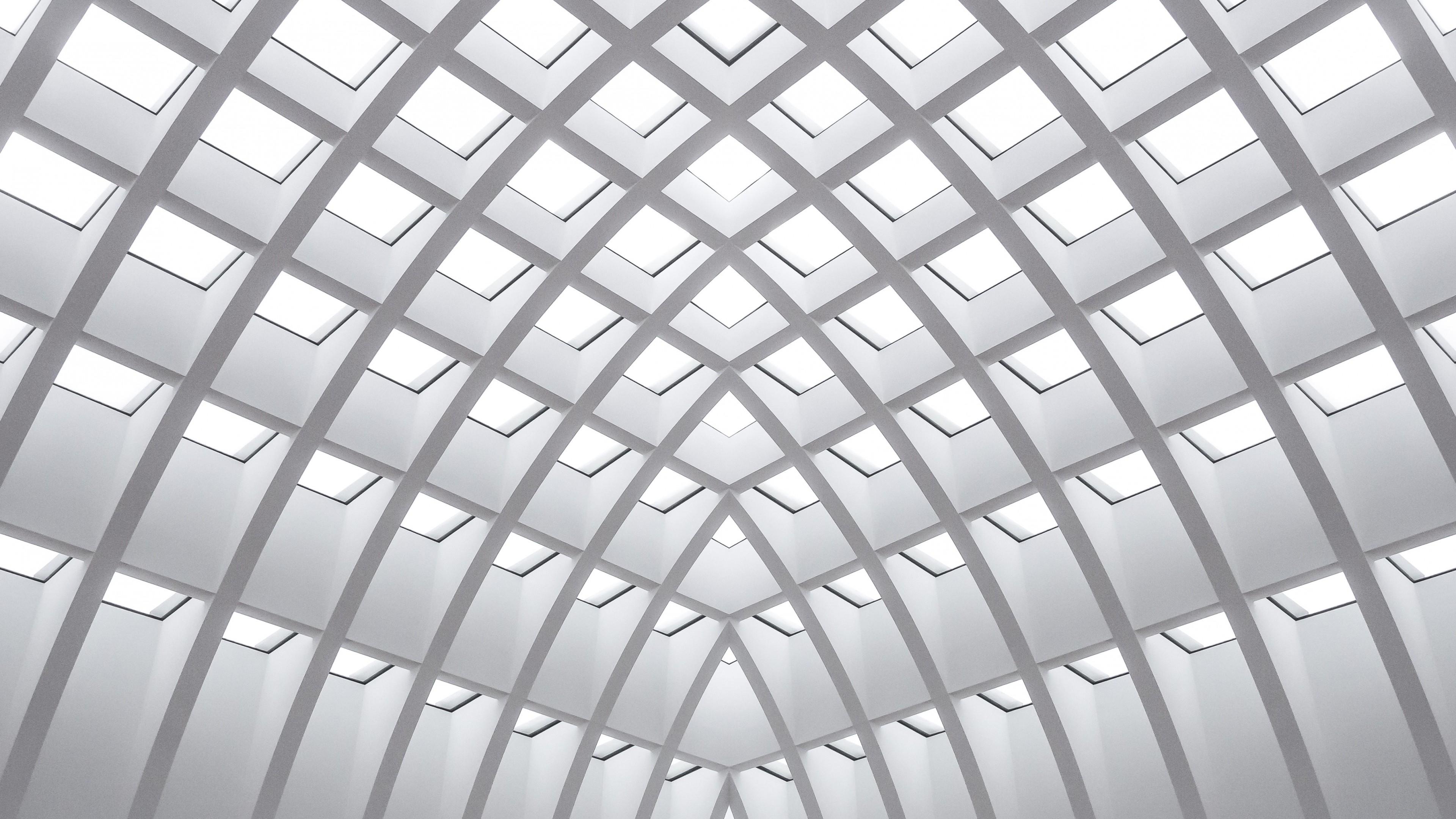 Архитектурный дизайн потолка здания