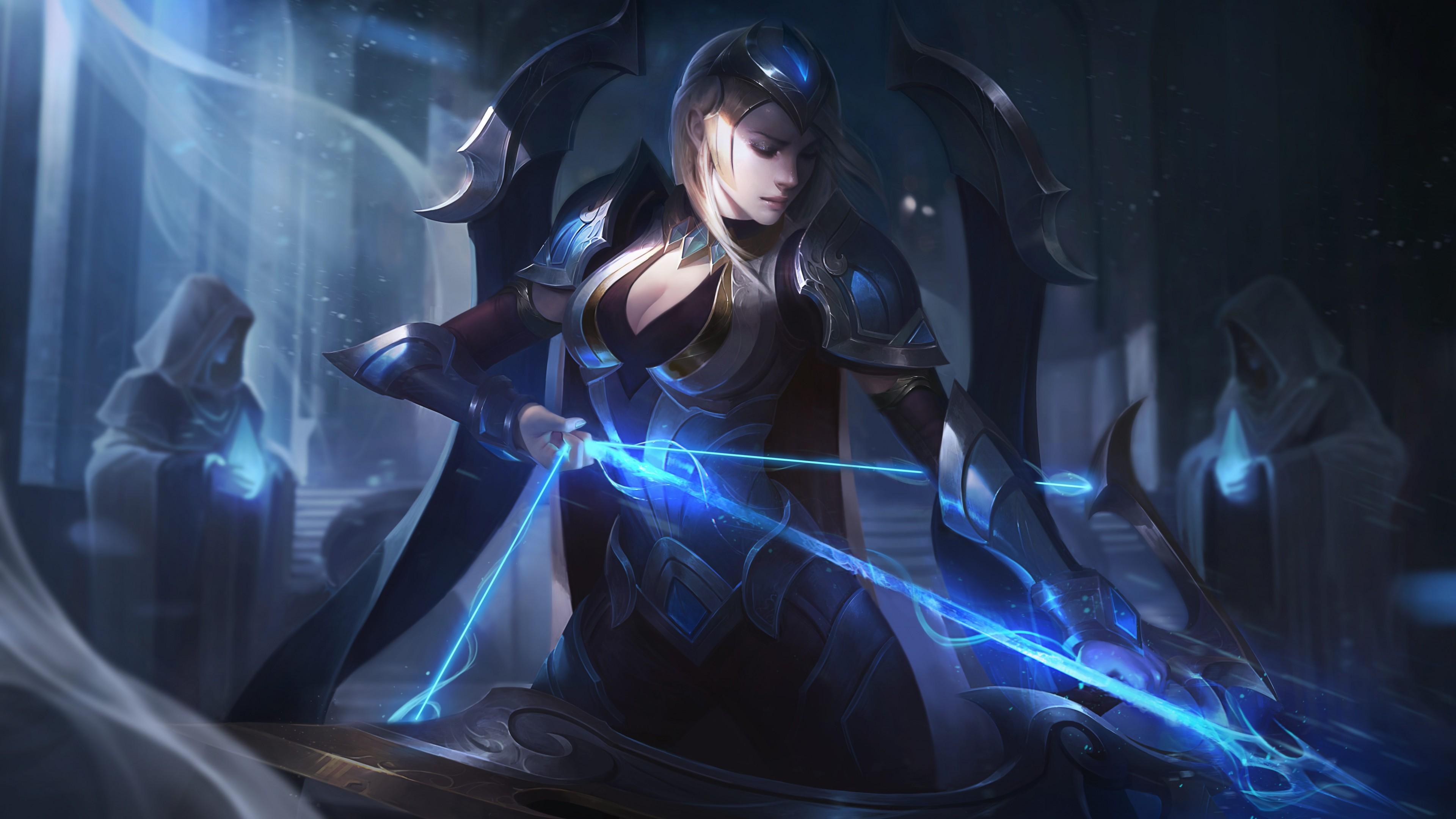 Бесстрашная девушка-маг в фиолетовой броне и копьем,излучающим неоновый свет