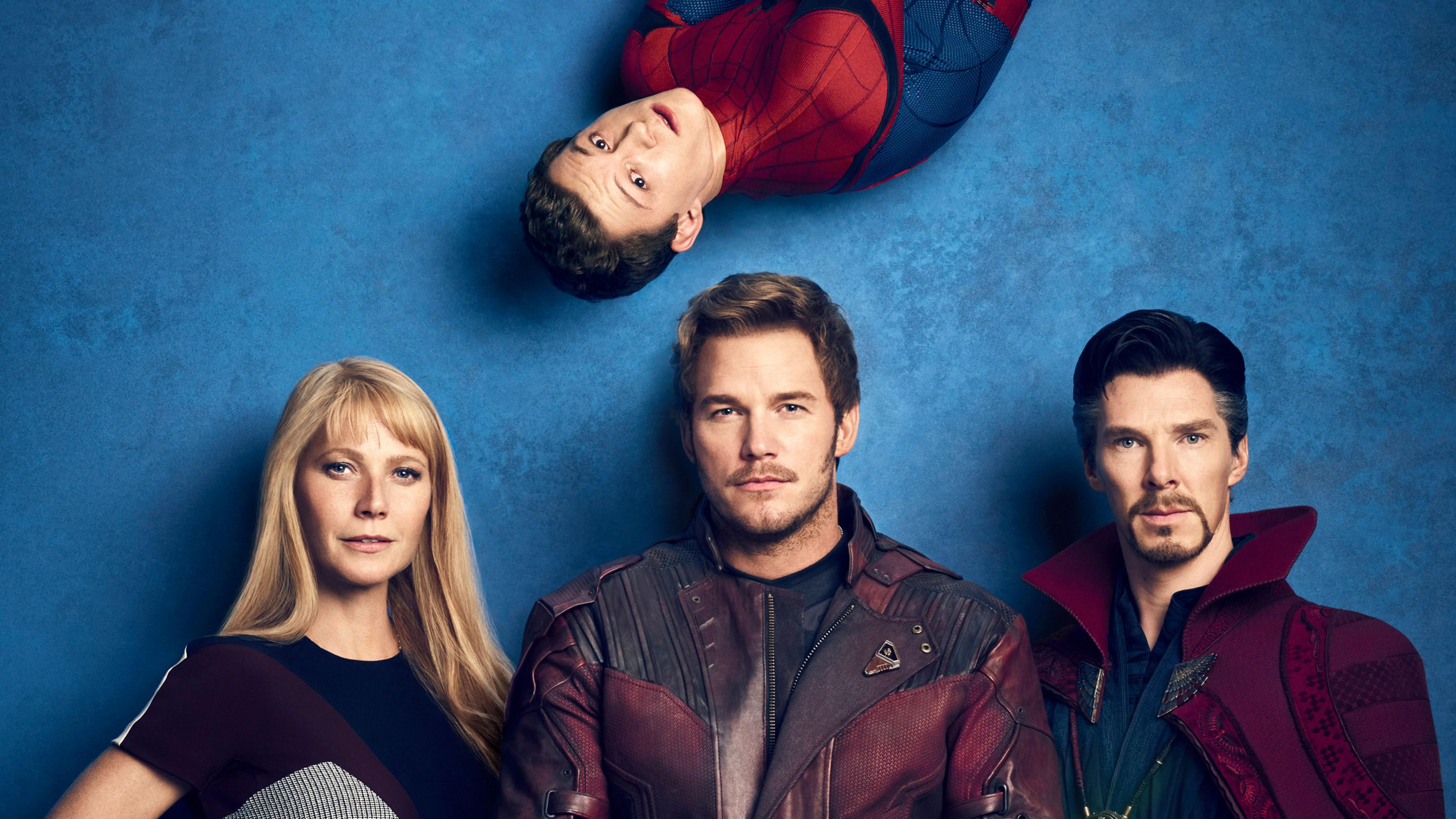 Реклама о главных героях в фильме Человек-паук на синем фоне