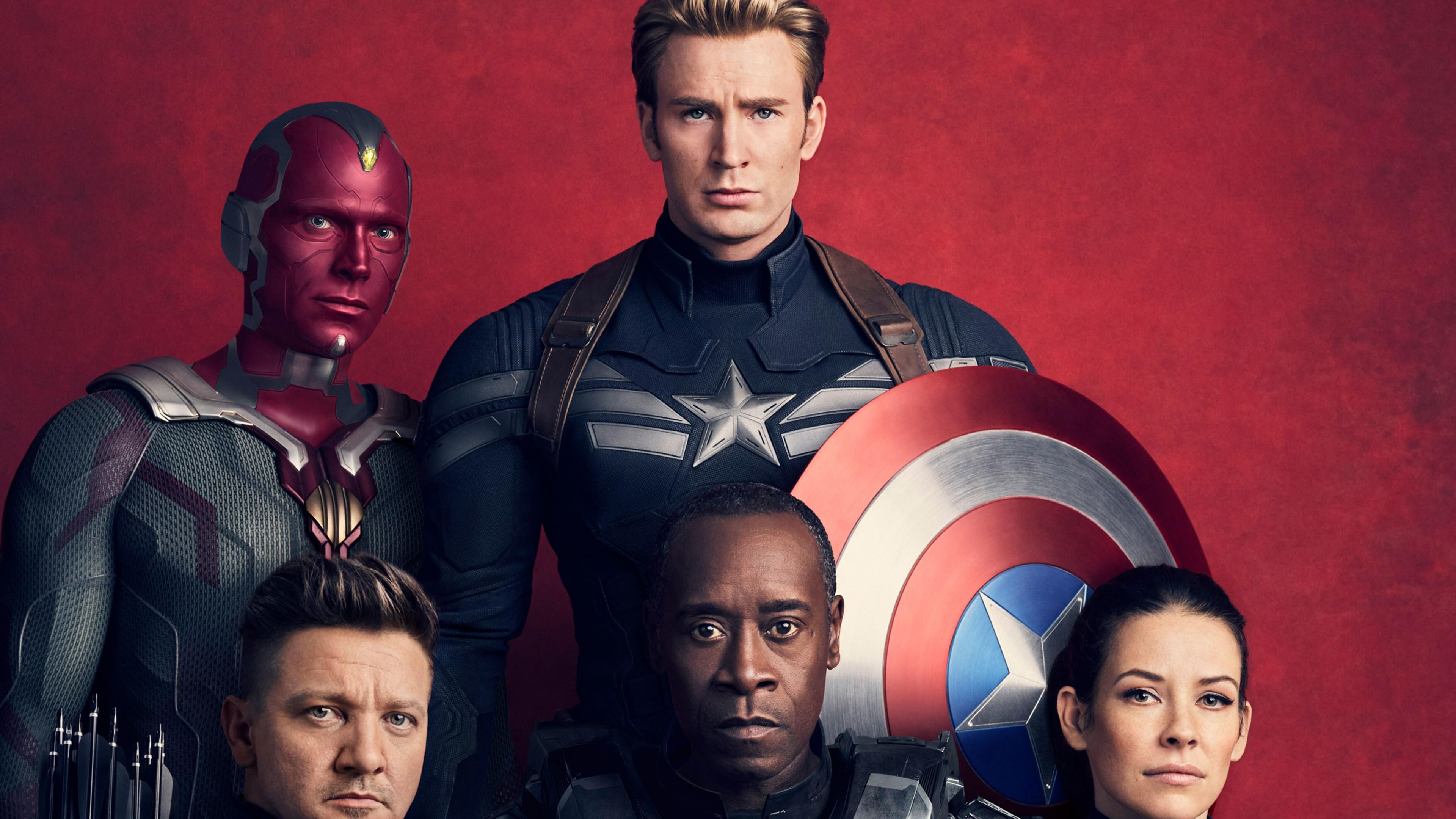 Плакат с главными персонажами фильма-приключения Мстители