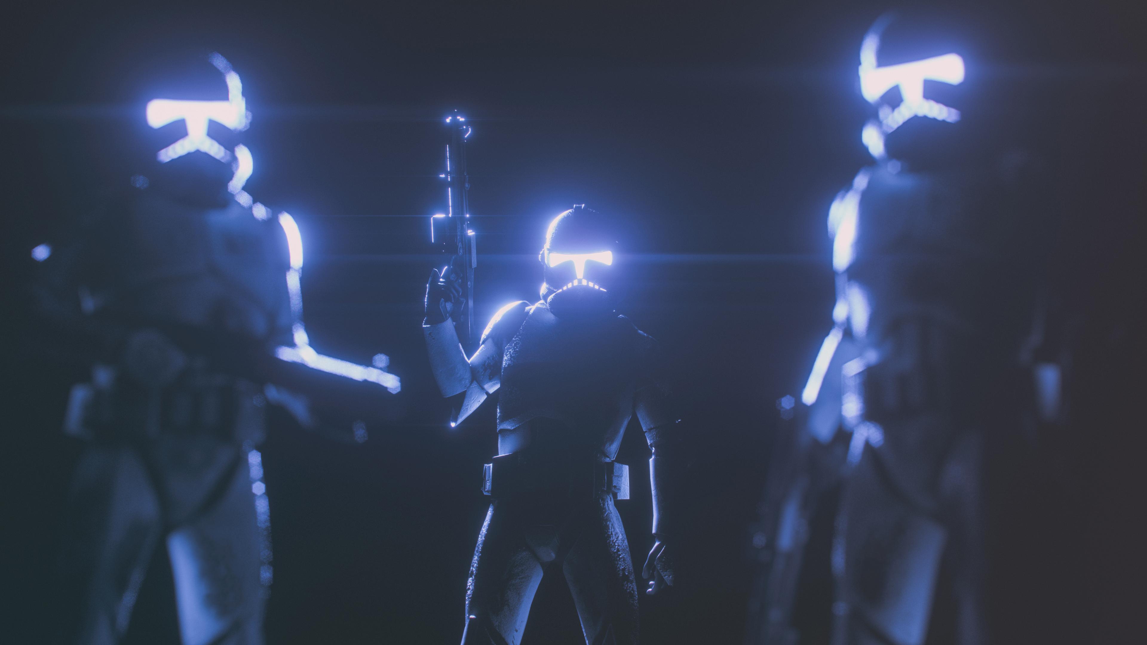 Солдаты  Галактики в касках с неоновым светом и оружием