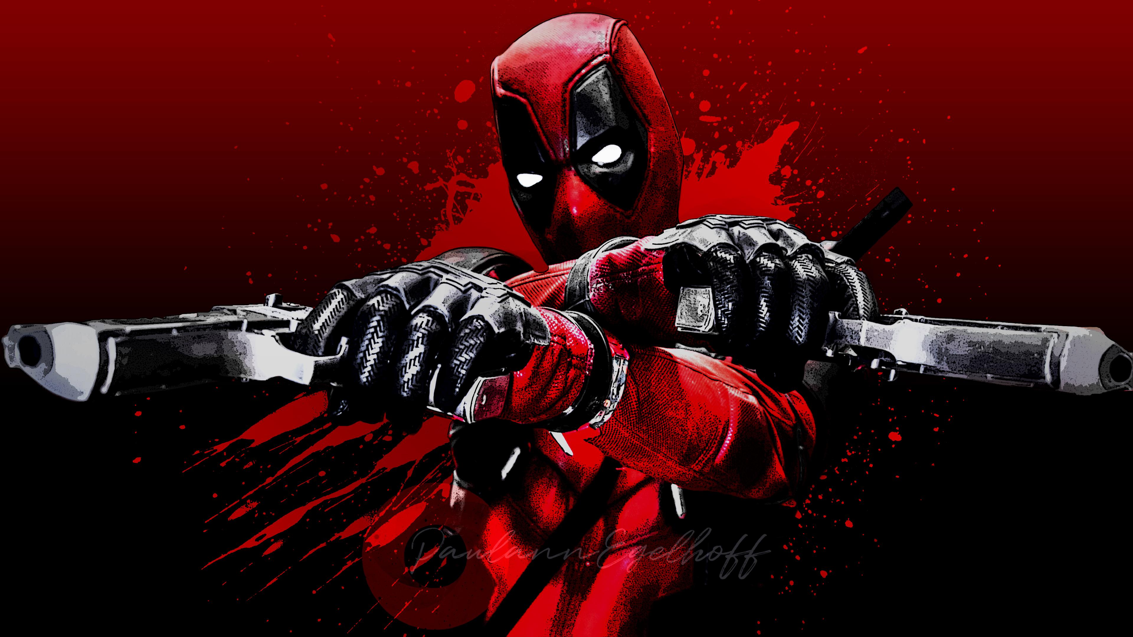 Красная маска и два боевых пистолета в перчатках главного героя