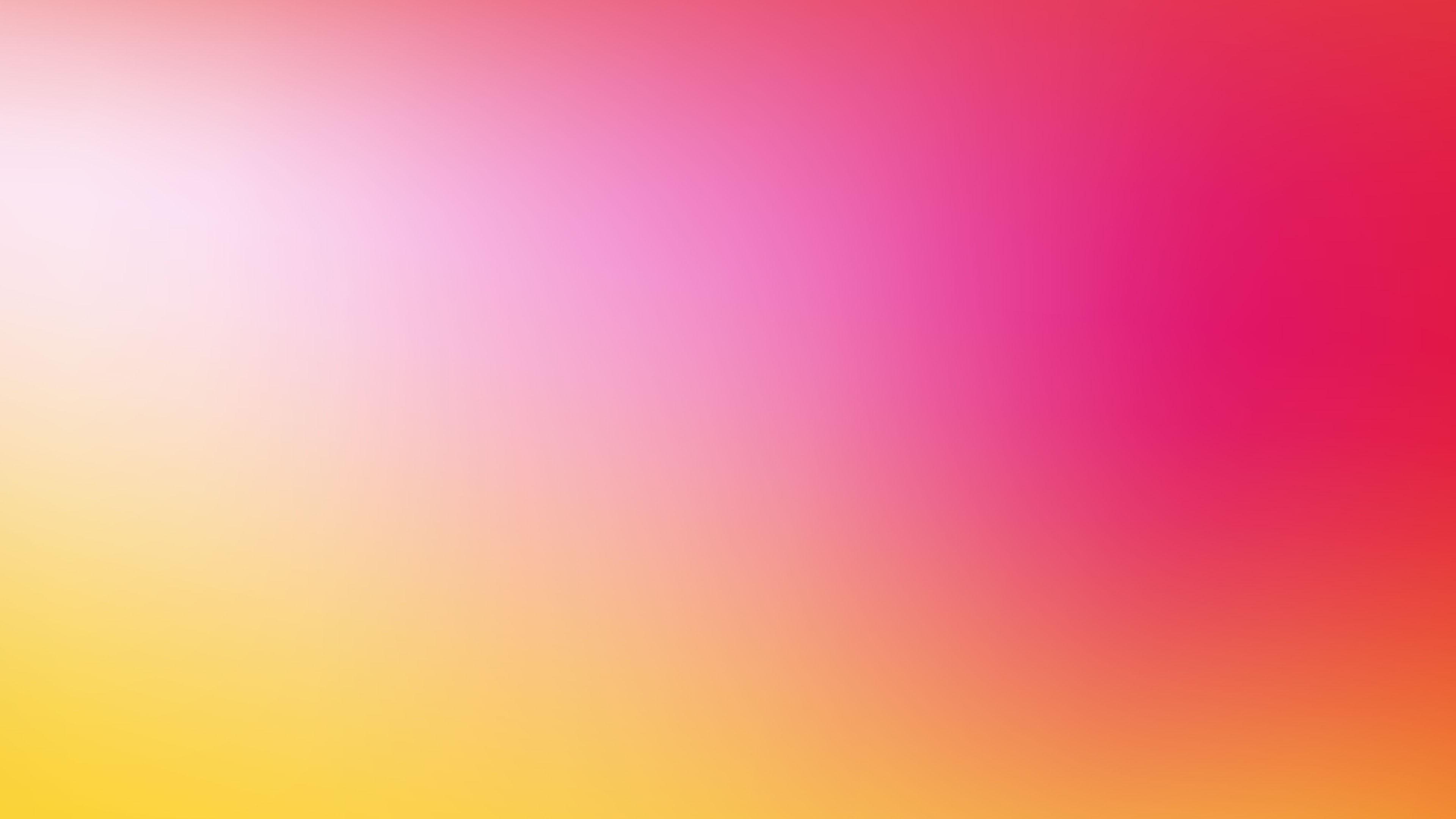 Солнечно-розовый фон летнего утра